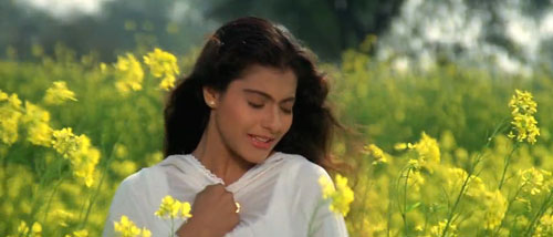 Simran in DDLJ movie