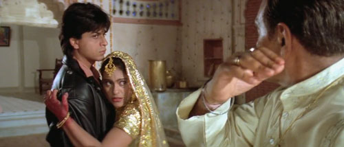 Raj and Smiran are facing rage of Baldev- DDLJ Movie