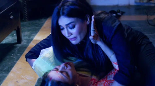 Shravani and her mother Naagin S3E99 InsTube