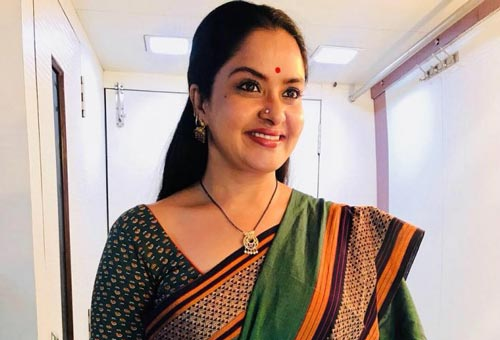 Pragathi as Madhavi