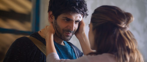 Kartik Aaryan as Veer