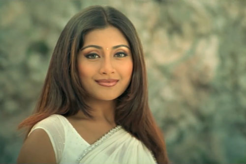 Rimi Sen as Anjali