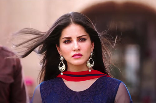 Sunny Leone as Meera